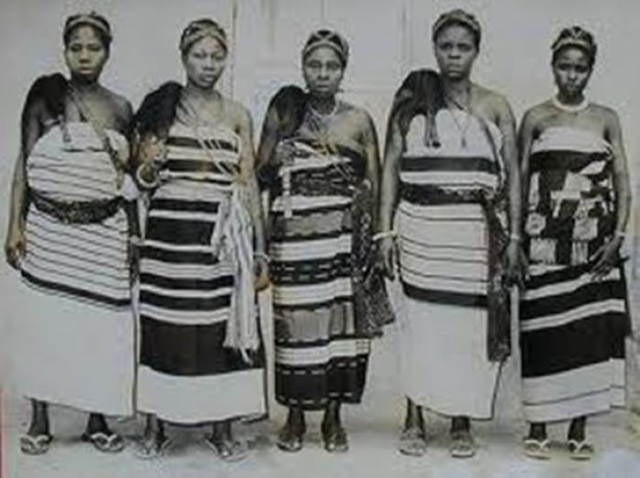 10-nigeria-aba-women